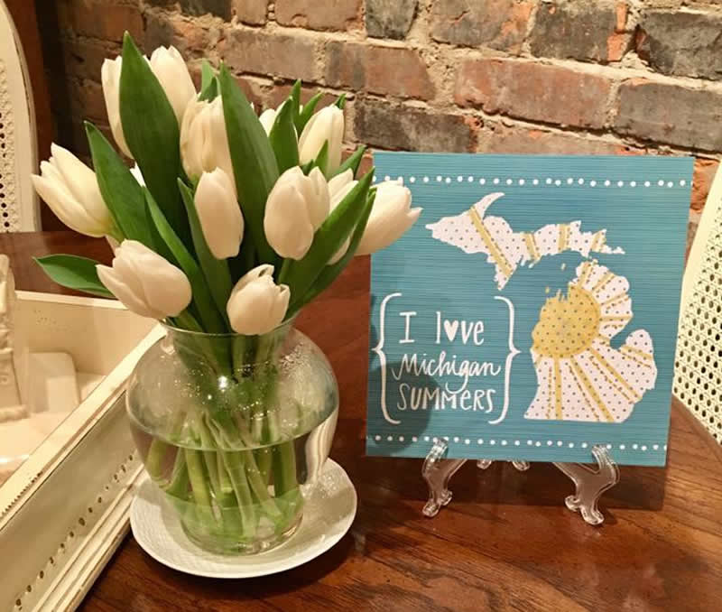 Macomb County Home Decor Shop Gives Summer Decorating Ideas